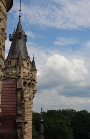 pałac w Mosznej wieża